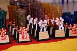 Кубки на тайской выставке