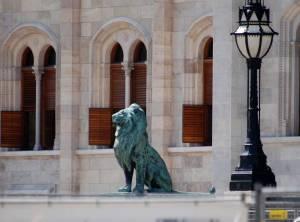 Охранник Парламента - лев