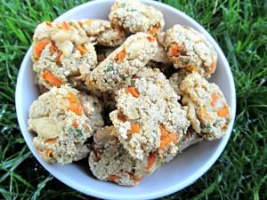 Курино-морковное-печенье-для-собак-с-имбирем