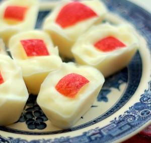 Йогуртно-яблочные-лакомства-для-вашей-собаки-с-витаминами